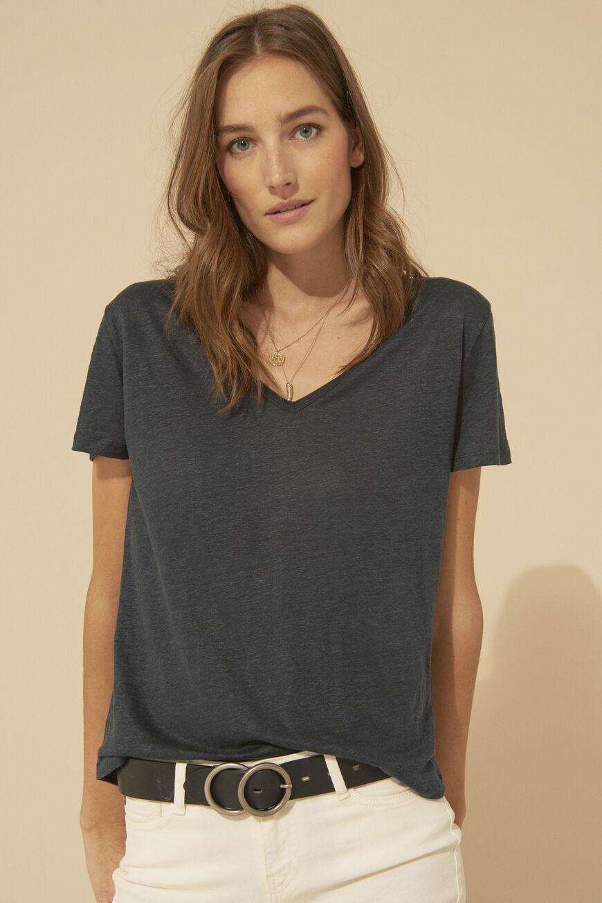cbb1cdbdeefc T-shirts ba sh • Vests