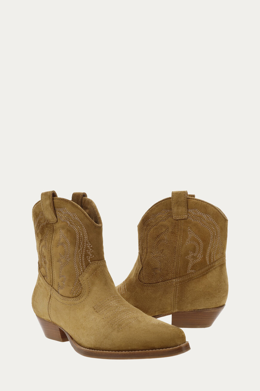 BOTTINES COLT CHAUSSURES CAMEL