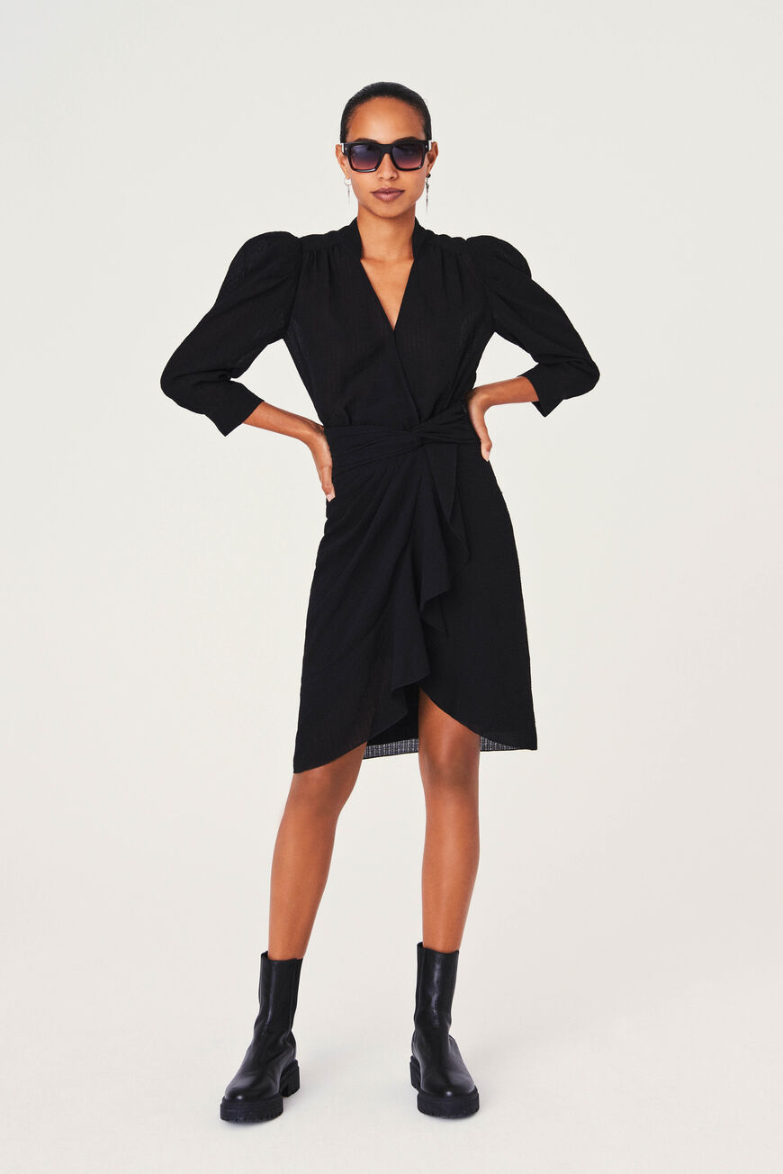 ROBE ISEE ROBES NOIR