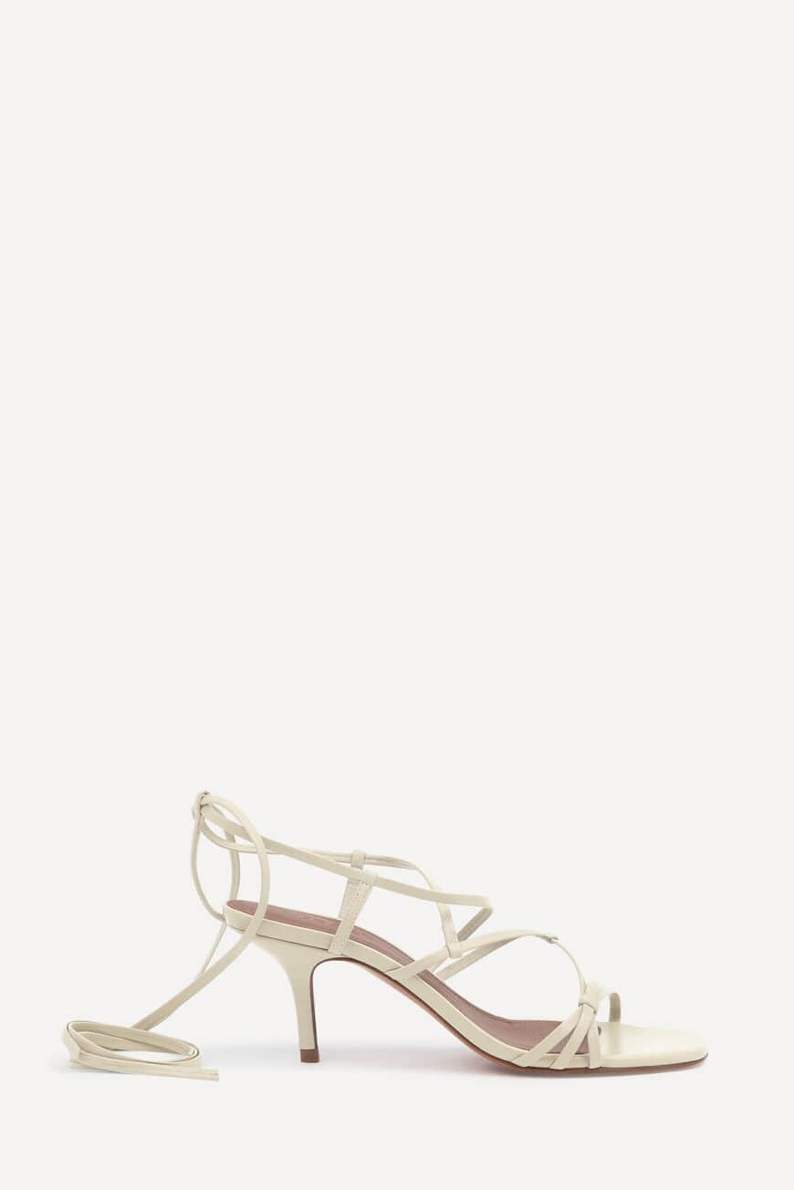 SANDALETTEN CELLY PUMPS AND SANDALS OFFWHITE